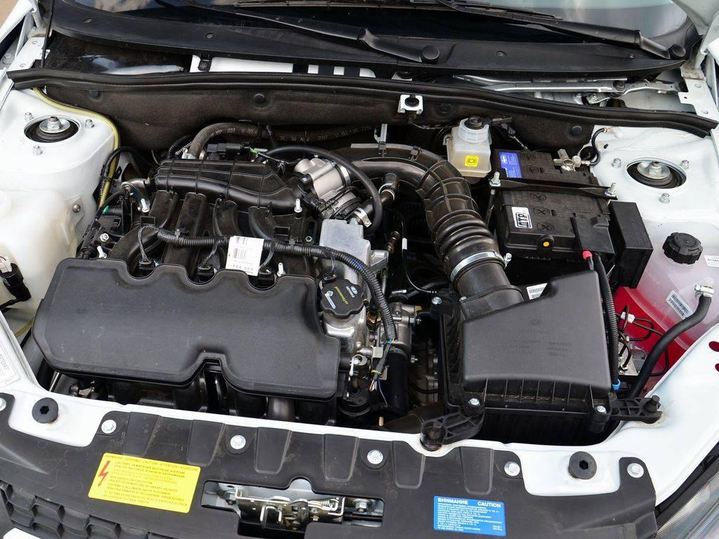 Клапанный двигатель