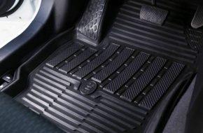 Зачем машине нужны коврики в салон